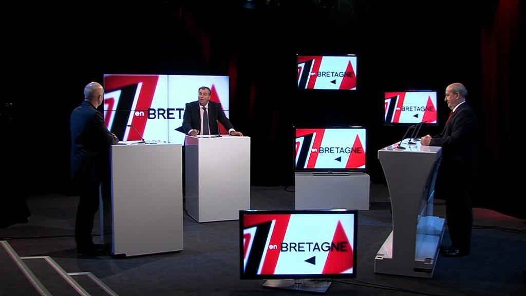TV Rennes 35 - Mur 4 écrans - Ecran NEC - DXM Profuse
